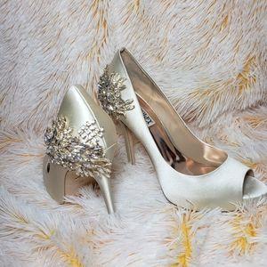 BADGLEY MISCHKA bride  ivory satin heels open toe